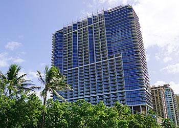 ハワイ不動産 Trump Tower Waikiki外観